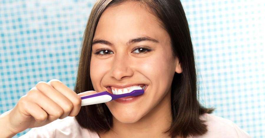 6 Common Tooth Brushing Mistakes that Should Totally be Avoided