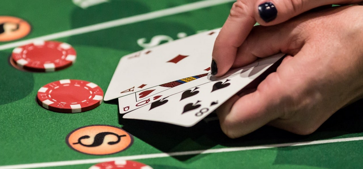 Blackjack Strategy – Concentrating on Pairs and Bets