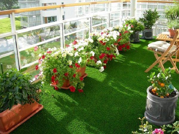 Decorating A Garden