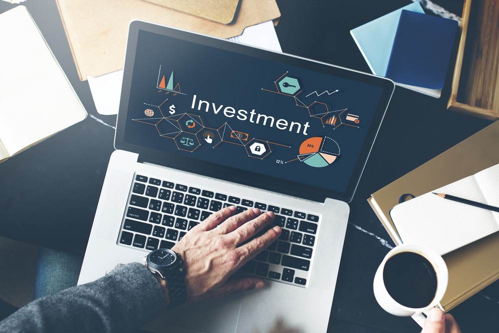 The Benefits of Investing Online